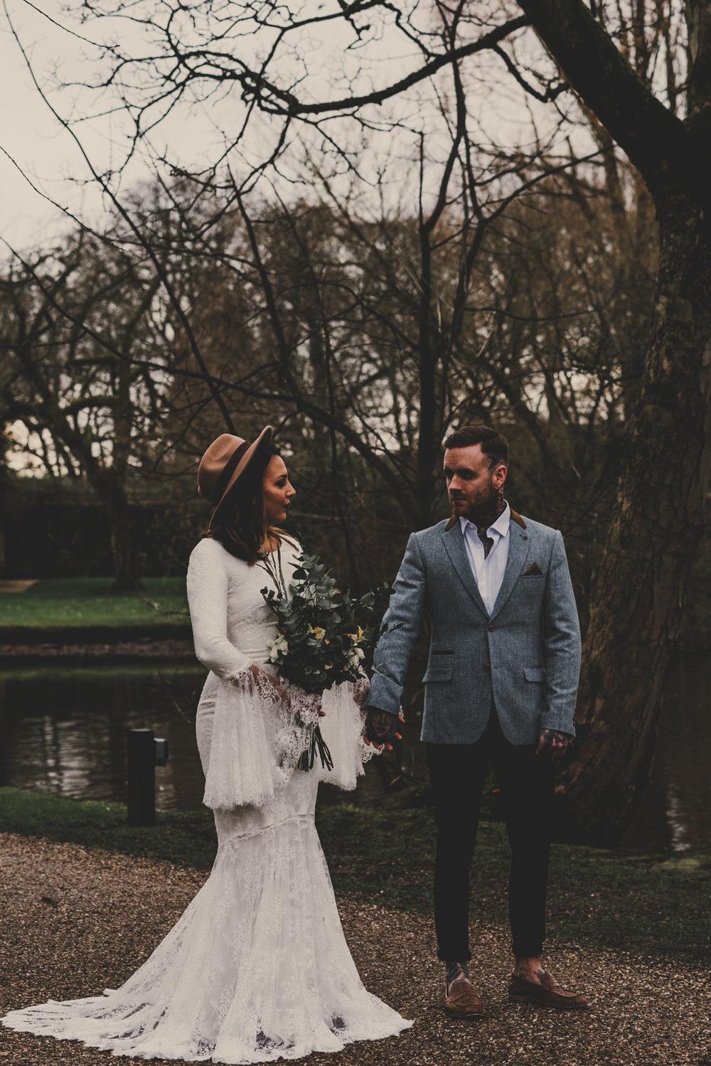 east-riddlesden-hall-wedding-jade-maguire-photography (49).jpg