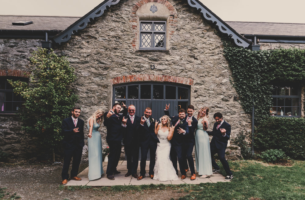 Anglesey-festival-wedding-photography-carreglwyd (11).jpg