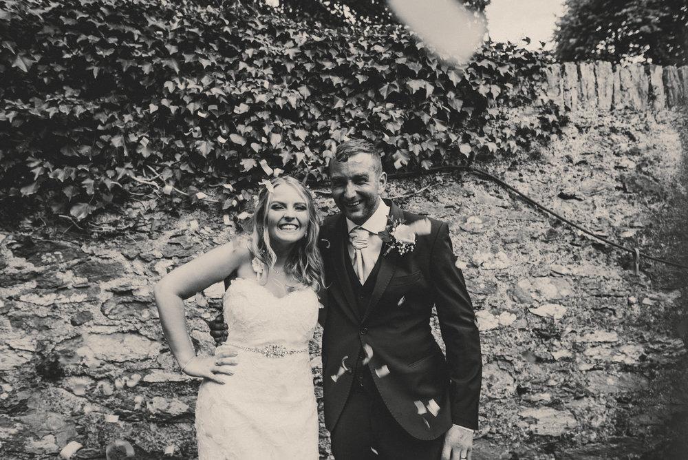 Anglesey-festival-wedding-photography-carreglwyd (13).jpg