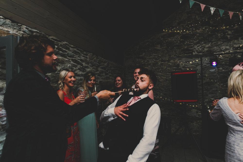Anglesey-festival-wedding-photography-carreglwyd (24).jpg