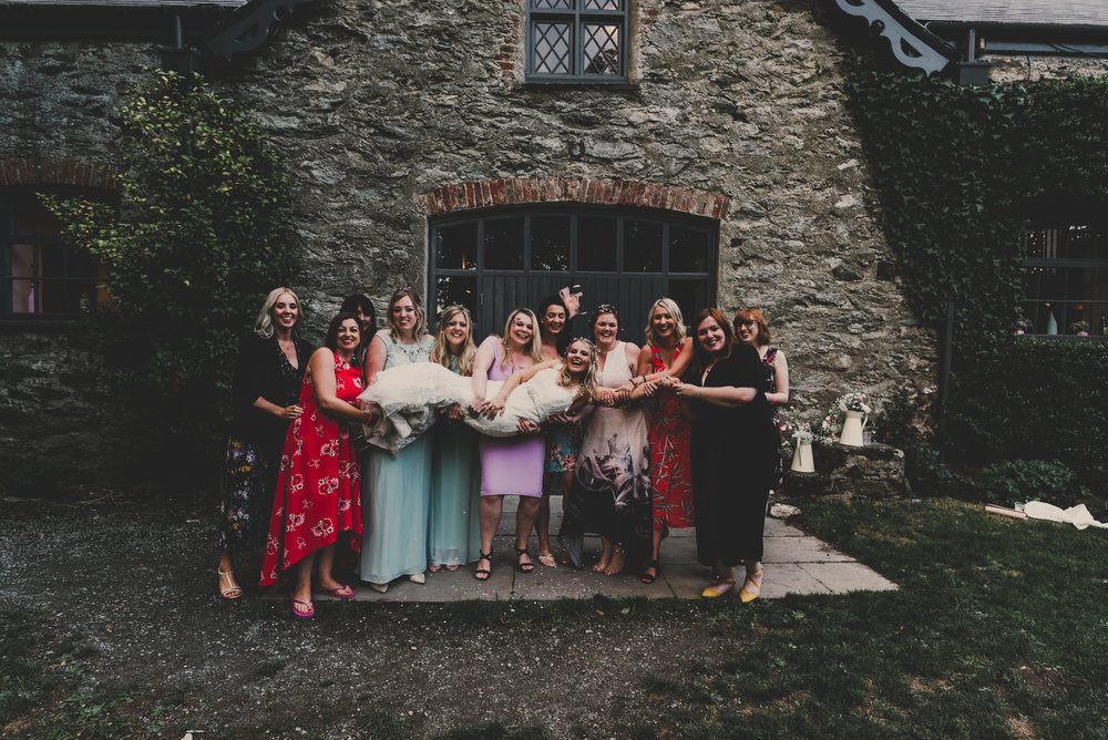 Anglesey-festival-wedding-photography-carreglwyd (25).jpg