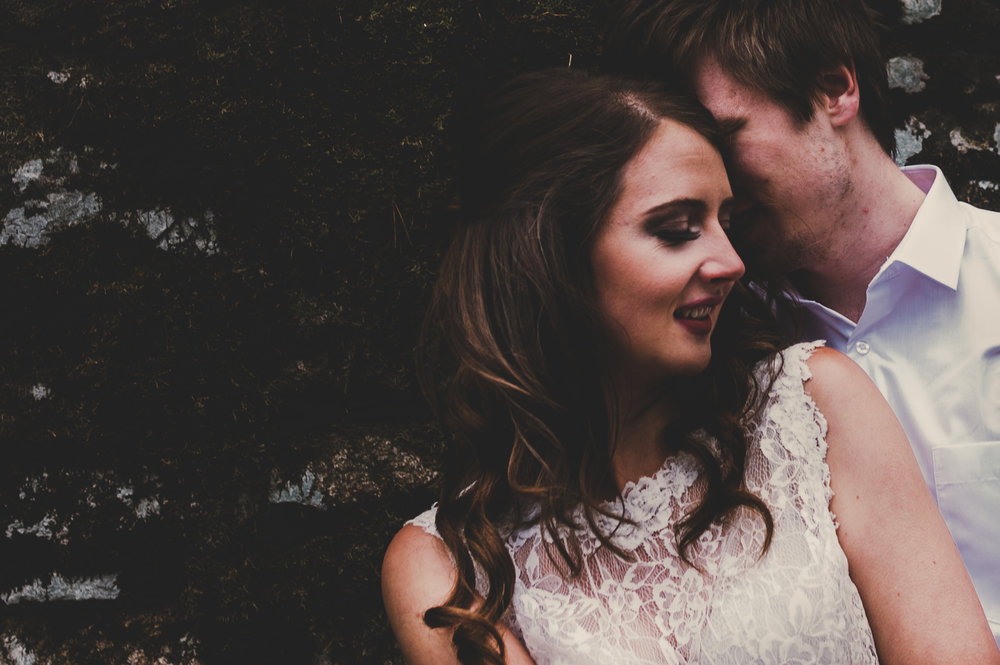 SHOOT: Dreamy celestial themed elopement wedding shoot // Goyt Valley Wedding vibes