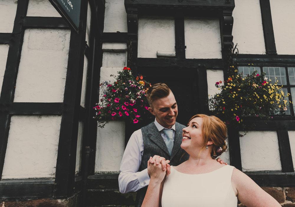cheshire-alternative-wedding-photography-in-anglesey (15).jpg