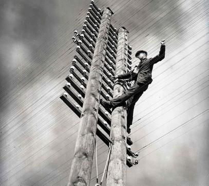 man-up-pole 2.jpg