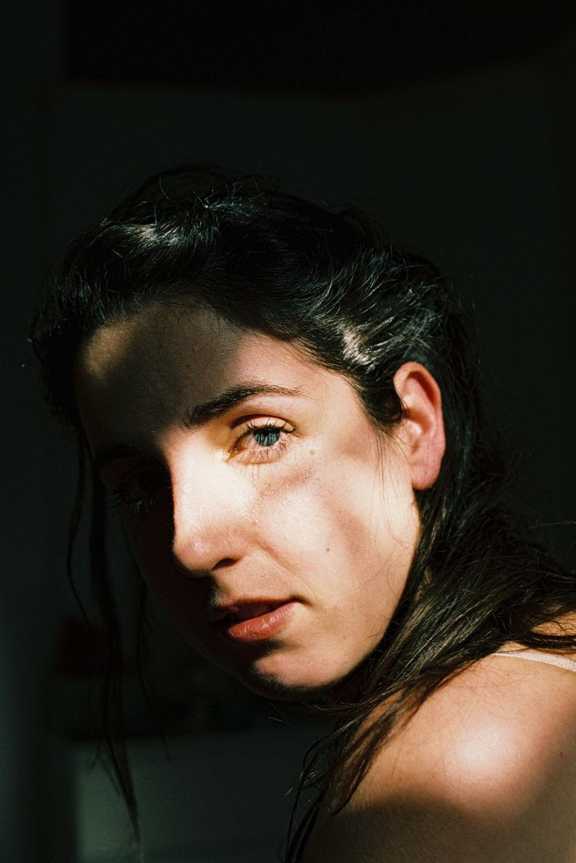 mariana, a miserável 's portraits, 2017