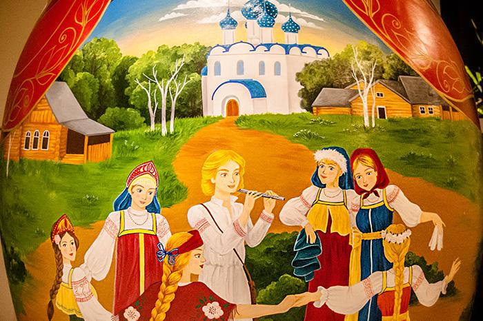 lu-mori-matrioska-boneca-russa-gigante-4.jpg