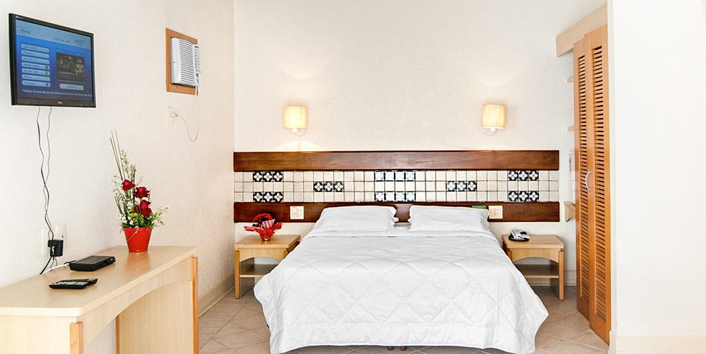 2-lu-mori-tattoo-floripa-florianopolis-hotel-torres-da-cahcoeira.jpg