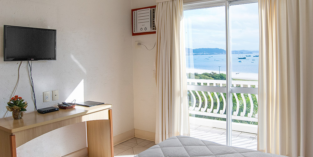31-lu-mori-tattoo-floripa-florianopolis-hotel-torres-da-cahcoeira.jpg