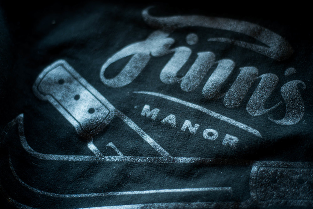 Finns Manor. Print method POP. Screen printed on a Independent zip hoodie. Printed by A Small Print Shop.