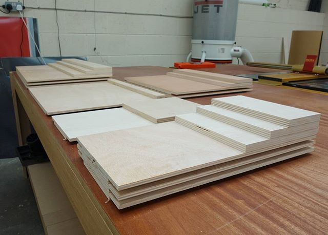 Kitchen drawer bases and backs ready for veneering and edgebanding. They'll then partner up with some lovely Blum sides and runners. We're using a Poplar throughout plywood on these to keep the weight down but still stay nice and strong for all those pots and pans! . . . . #kitchen #drawers #plywood #veneer #bespoke #workshop #furniture #blum