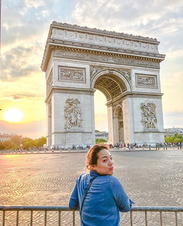 Golden hour 🧡 . . . . . . . . . . . . . . . . .#paris #parisfrance #parisianlifestyle #parisweloveyou #parisjetaime #parisiloveyou #parislovers #parisgram #parislife #mylittleparis #parislove#toureiffel #mybeautifulparis #hellofrance #love_france #visitparis #parislovers #instaparis #igparis #letsgoeverywhere #wanderlust #sheisnotlost #travelingpost #travelandlife #passportlife #travelhappy #arcdetriomphe #theparisguru #goldenhour #sunsetmagic