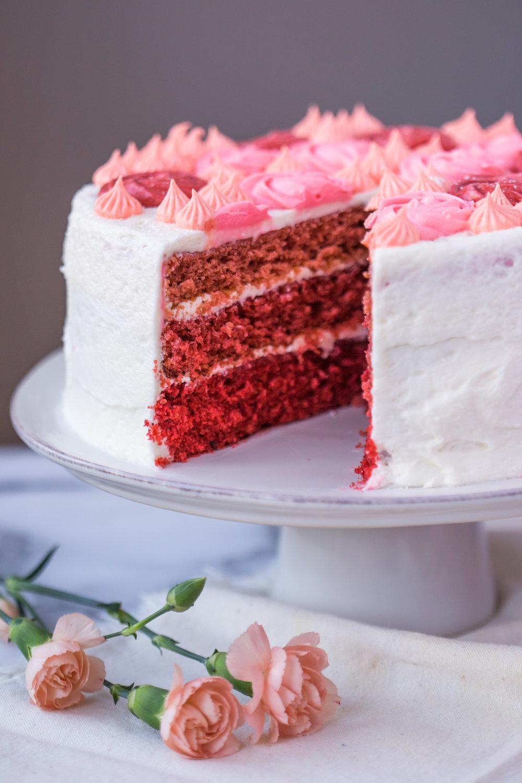 red_velvet_ombre_cake_cream_cheese_frosting-8.jpg