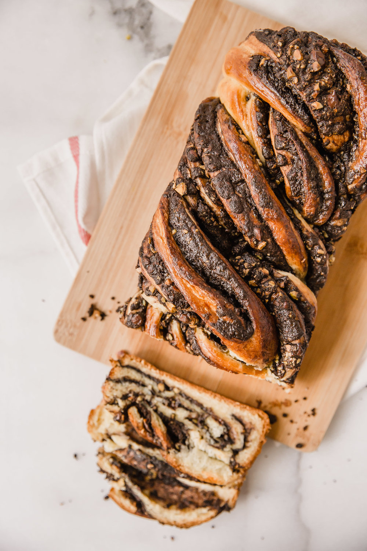chocolate-pistachio-babka-12.jpg