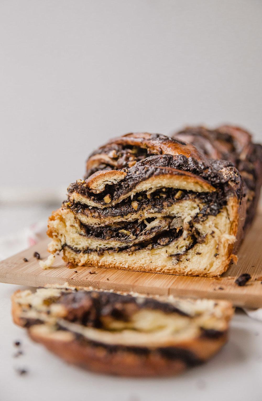 chocolate-pistachio-babka-17.jpg