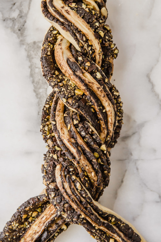 chocolate-pistachio-babka-6.jpg