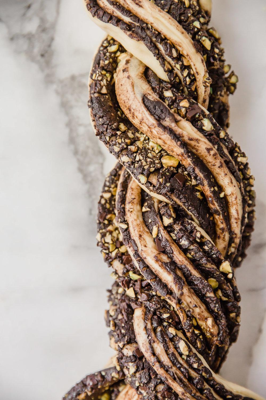 chocolate-pistachio-babka-11.jpg