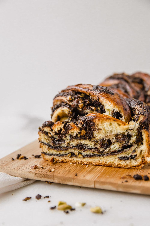chocolate-pistachio-babka-19.jpg