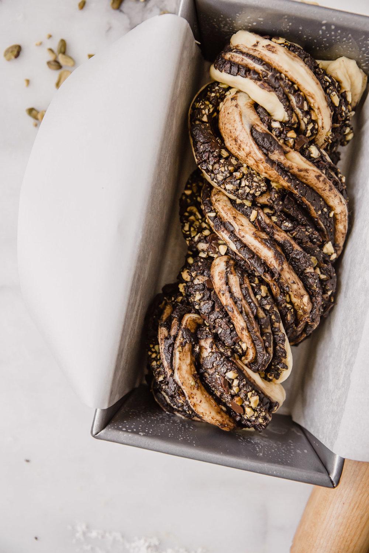 chocolate-pistachio-babka-14.jpg