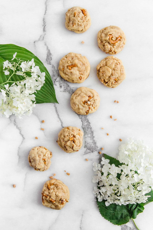 pretezel-english-toffee-cookies-5.jpg
