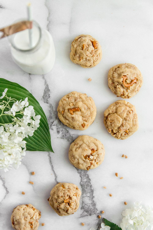 pretezel-english-toffee-cookies-8.jpg