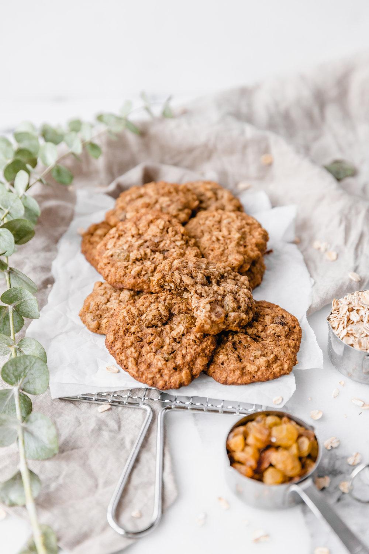 Healthy Oatmeal Cookies || To Salt $ See-3.jpg