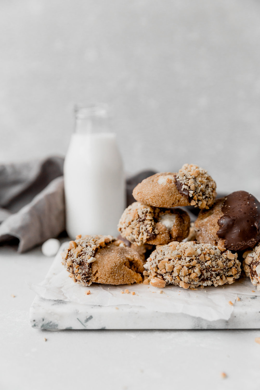 Flourless Peanut Butter S'mores Cookies || To Salt & See