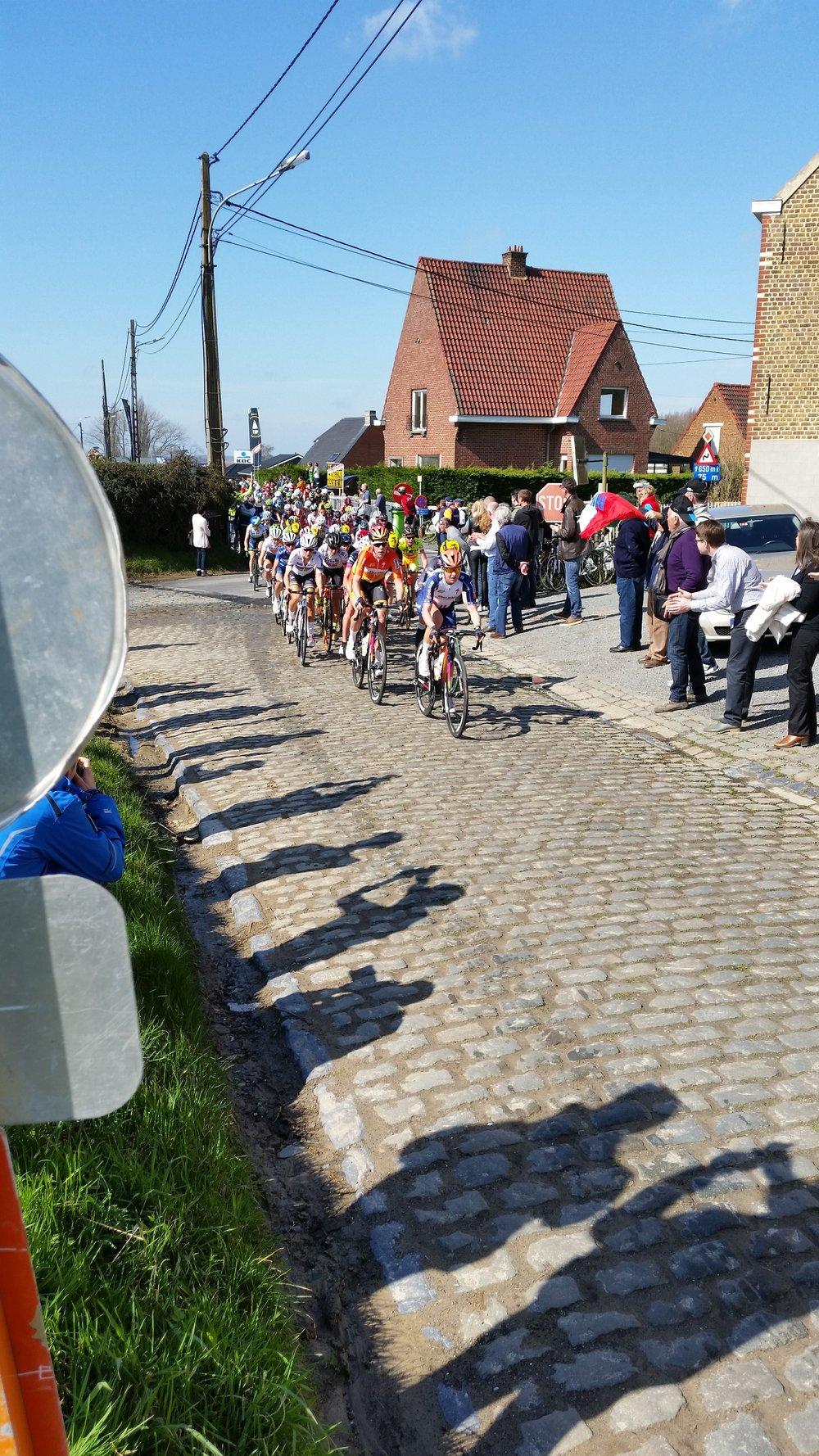 Flanders_women_front.jpg