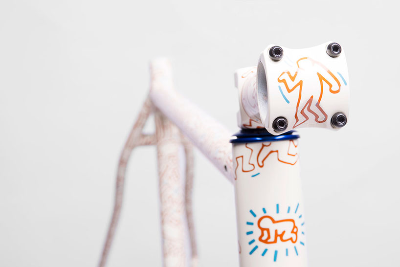 keith-haring-bike-frame-designboom06.jpg