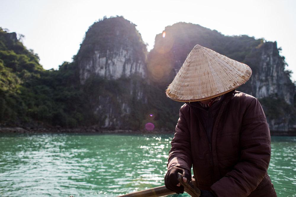 Nikon D610, Nikkor 24 2.8D, 1/800, ISO-100. Halong Bay, Vietnam.