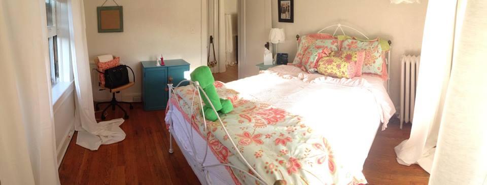 1-Bedroom-2lg.jpg