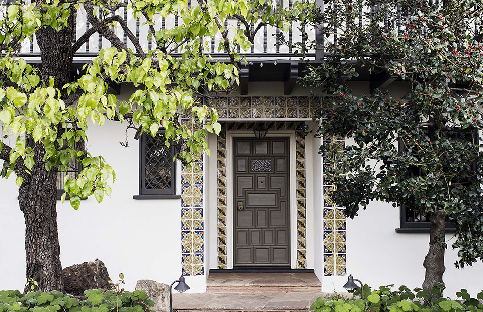 Los Angeles architect  Tim Barber Ltd.  renovated this Spanish Colonial Revival residence in Santa Monica.
