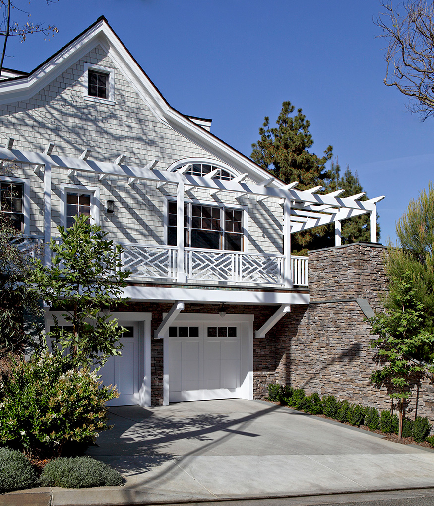 Tim-Barber-Ltd-Architecture-Shingle-Style-New-Custom-Home-in-Beverly-Hills-Exterior-Garage.jpg