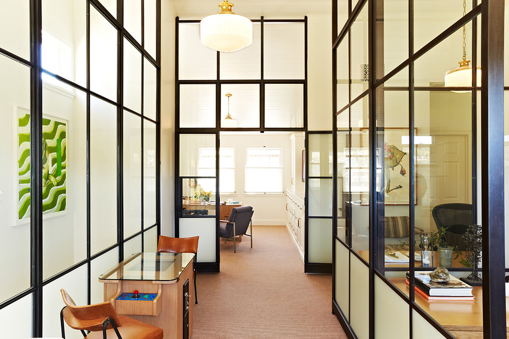 Renovation of an office in Brentwood by Los Angeles architecture firm Tim Barber Ltd.
