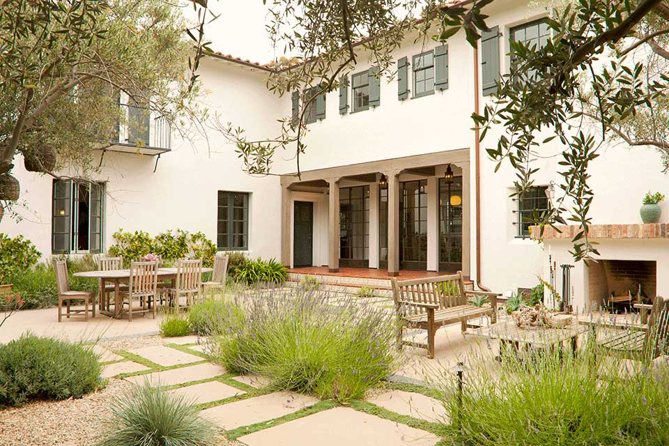 Spanish Colonial Revival Residence in Brentwood