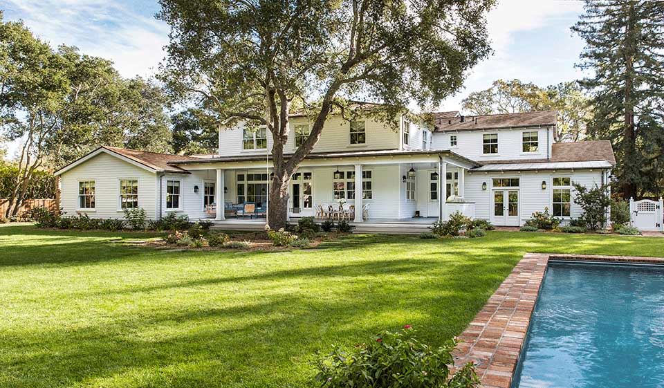 Back-Yard-Traditional-Southern-Colonial-Revival-Home-in-Atherton-California-by-Tim-Barber-Ltd-Architecture-and-Artistic-Designs-for-Living-Tineke-Triggs.jpg