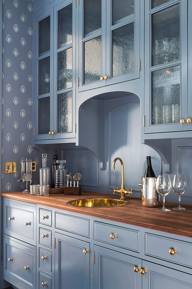 Butlers-Pantry-Traditional-Southern-Colonial-Revival-Home-in-Atherton-California-by-Tim-Barber-Ltd-Architecture-and-Artistic-Designs-for-Living-Tineke-Triggs.jpg