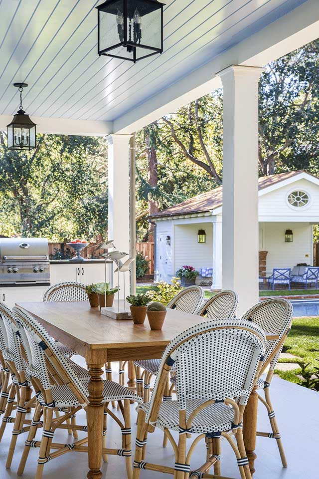 Outdoor-Kitchen-and-Dining-Area-Traditional-Southern-Colonial-Revival-Home-in-Atherton-California-by-Tim-Barber-Ltd-Architecture-and-Artistic-Designs-for-Living-Tineke-Triggs.jpg