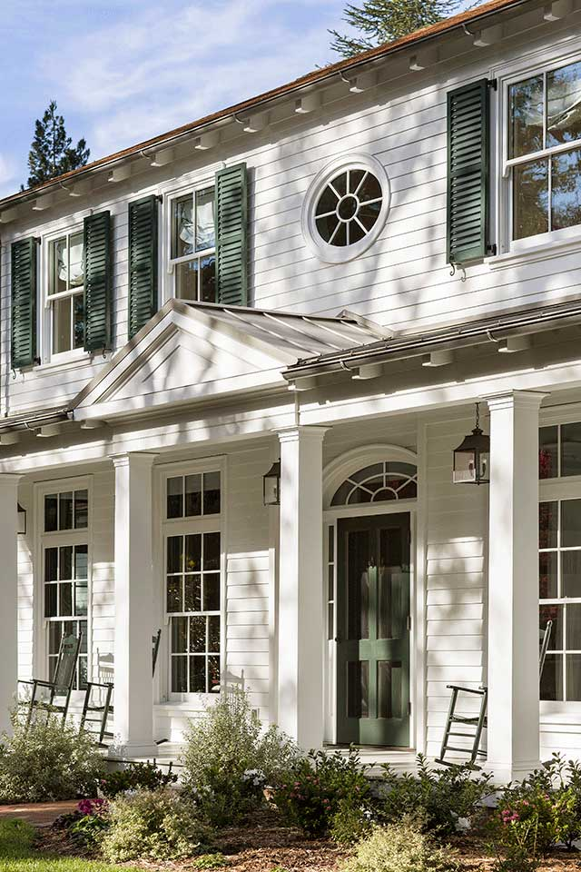Pediment-Traditional-Southern-Colonial-Revival-Home-in-Atherton-California-by-Tim-Barber-Ltd-Architecture-and-Artistic-Designs-for-Living-Tineke-Triggs.jpg