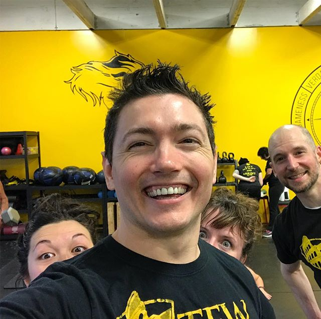 Sneaky 5am Class dropping in a photo bomb after their workout!!! It's never too early to start training💪🏻
