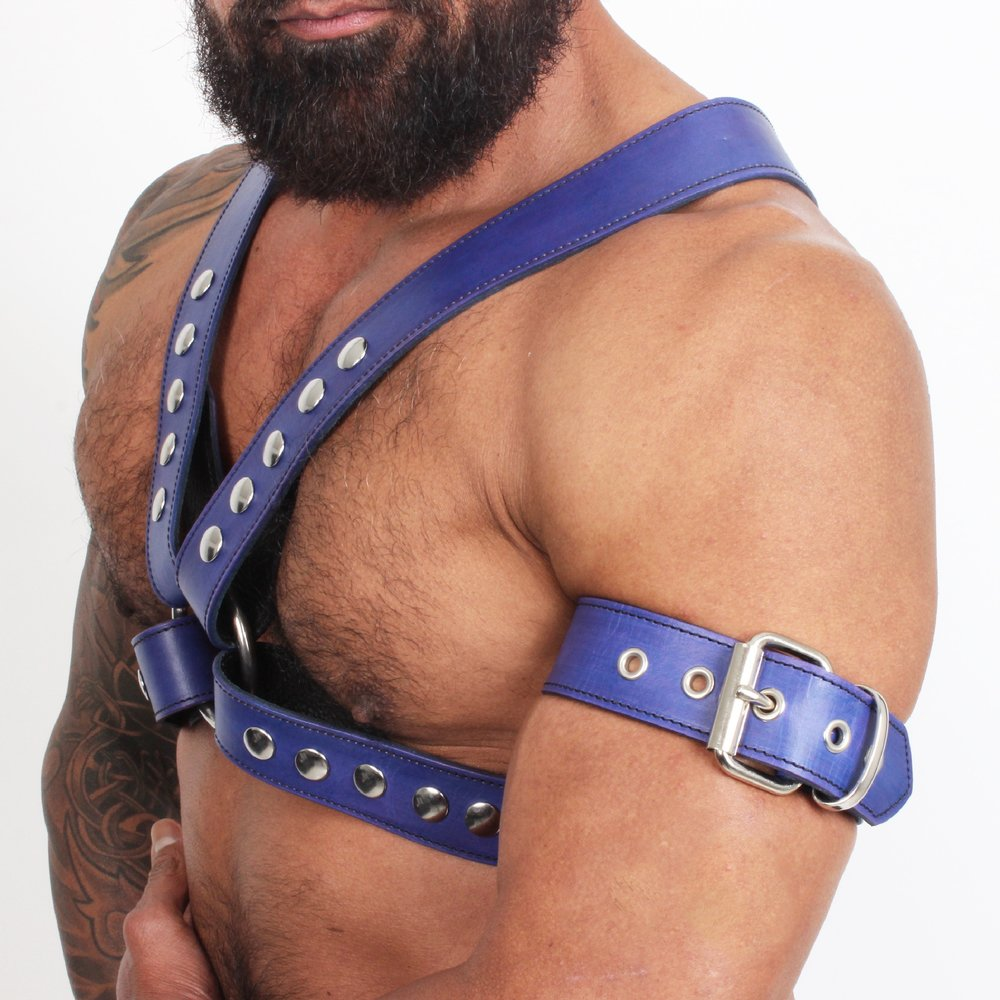 Armbands - Our wristbands are also made from the same leather we make our harnesses. Weather you prefer the buckle or the snap closure you will have the perfect match to your harness.SHOP
