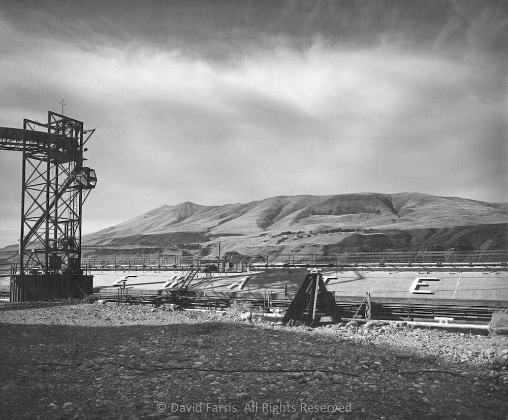 Barge, Columbia River, Biggs Junction, Oregon