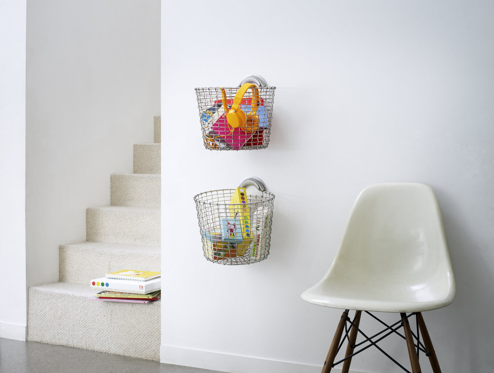 Bin 16 wallmounted with Bin Hanger Silver ( available in 8 colours)