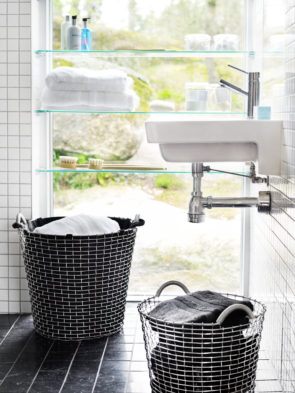 Classic 65 & 24, Laundry bag - Bathroom.jpg