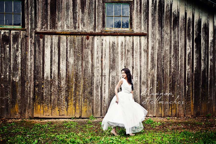 wine country barn wedding web