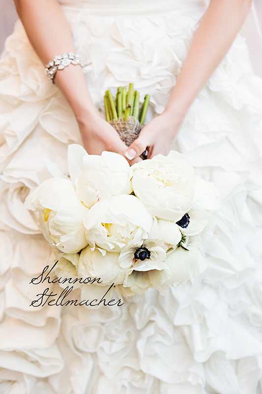 white wedding flowers web