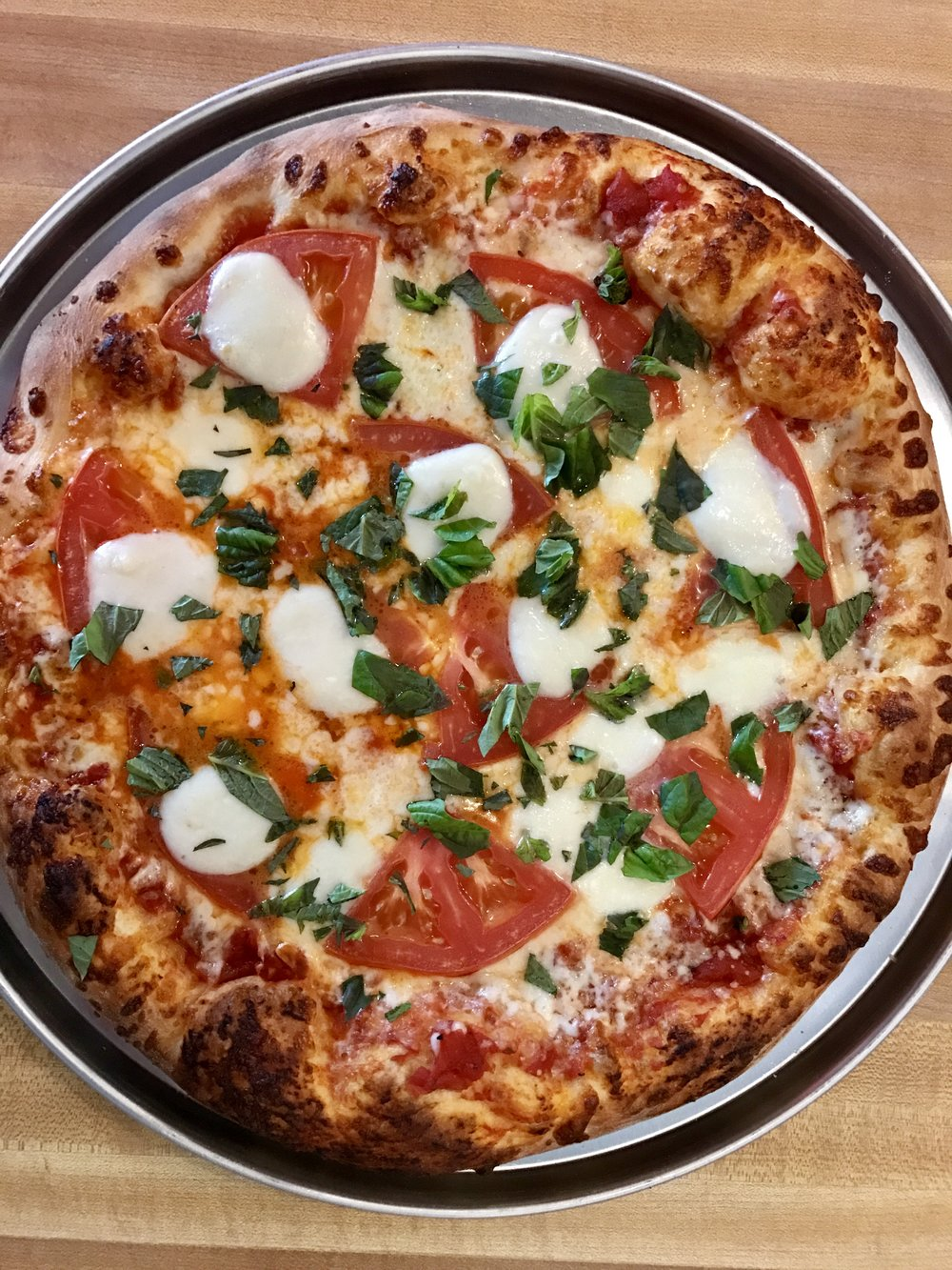 Margarita Pizza.jpg