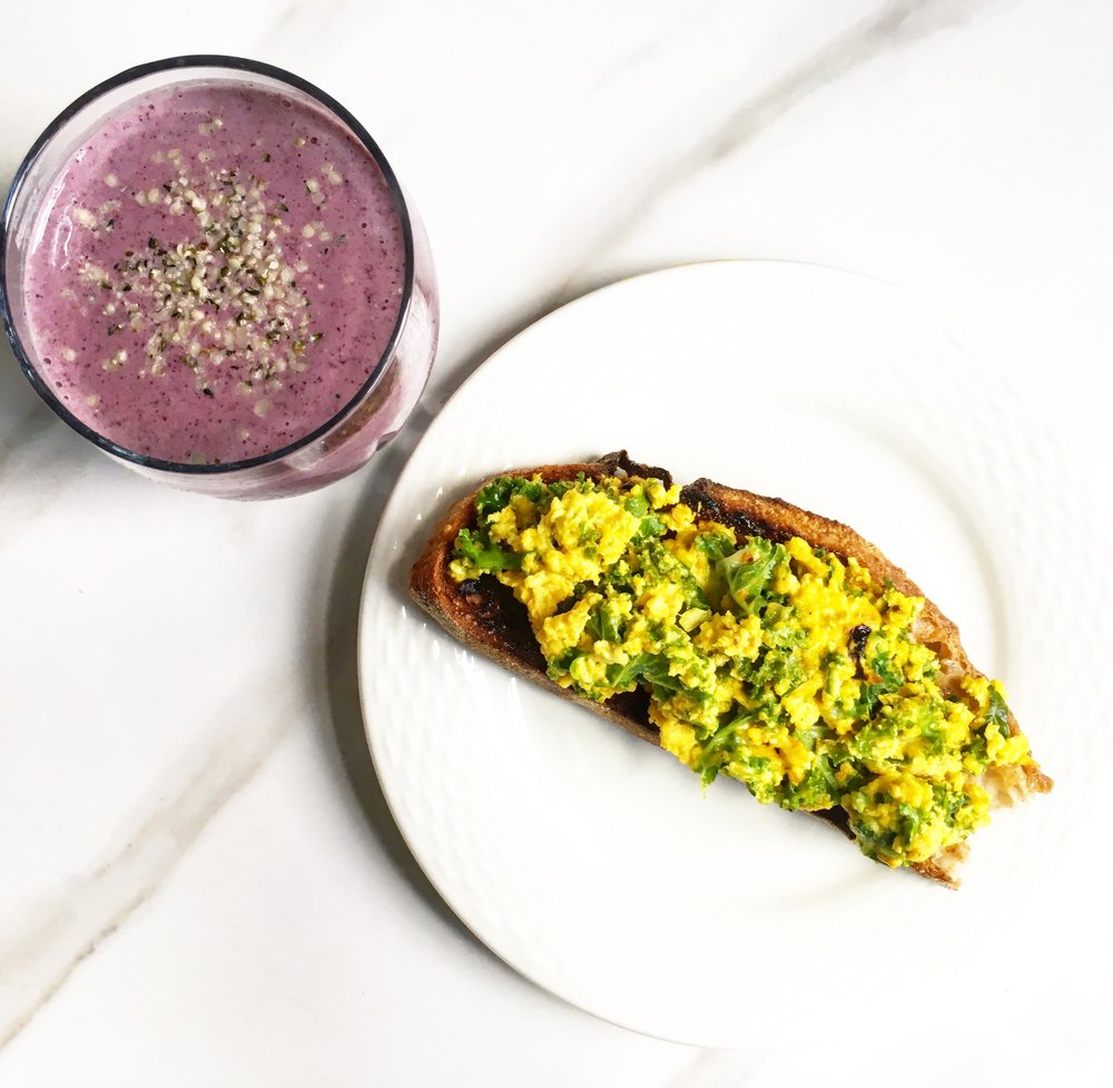 Turmeric scrambled eggs with cheese and spinach with my   Kefir Wild Blueberry Smoothie   on the side!
