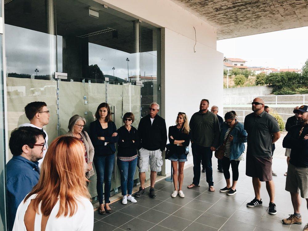 Attendees visiting new co-work space in Pedrógão Grande