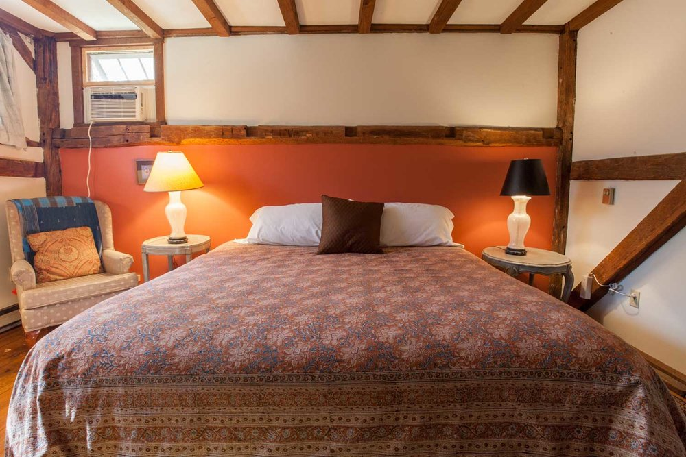 Room 08, Hayloft