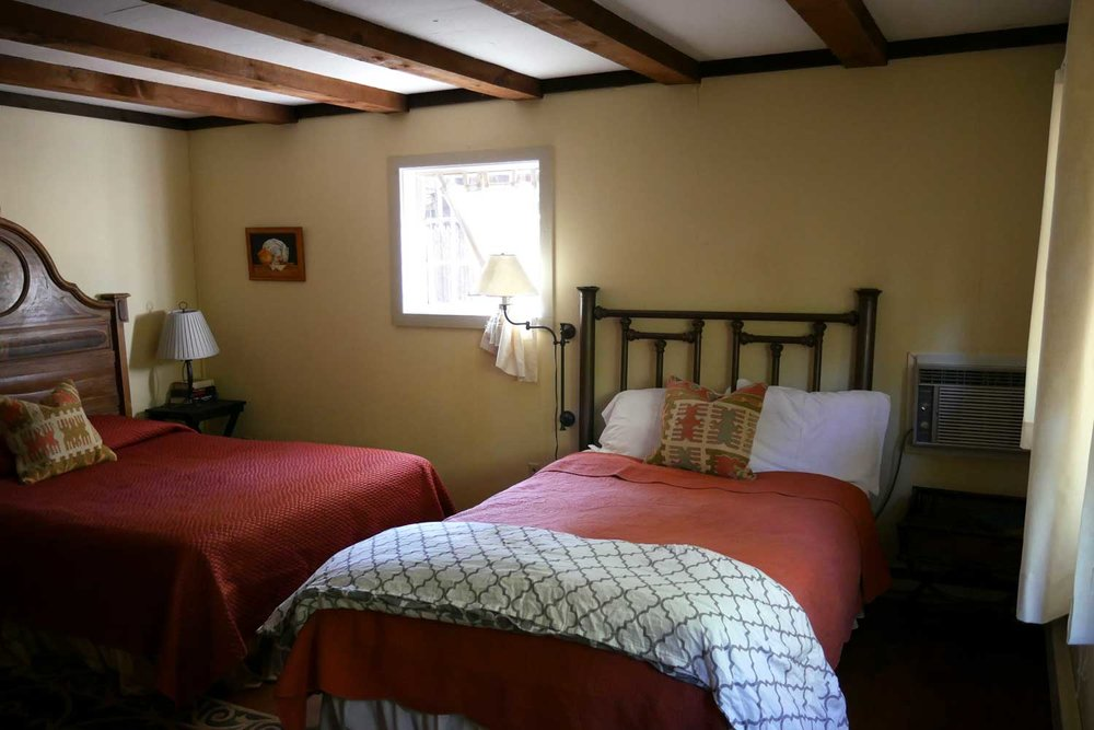 ROOM 18, SAGE COTTAGE
